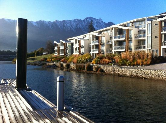 DoubleTree by Hilton Hotel Queenstown: View from Wharf (where they tell you your staying but you're not!) You'll get the dumpster view.