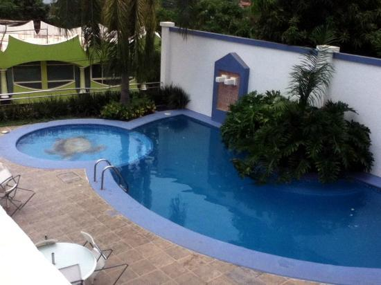 Dayz Hotel Caleta de Campos: Swimming pool area, not that big! but kids will love it