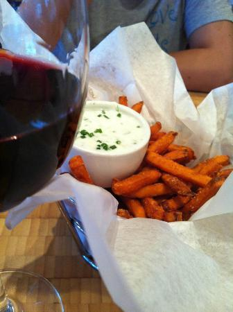 Zinburger: Sweet potato fries