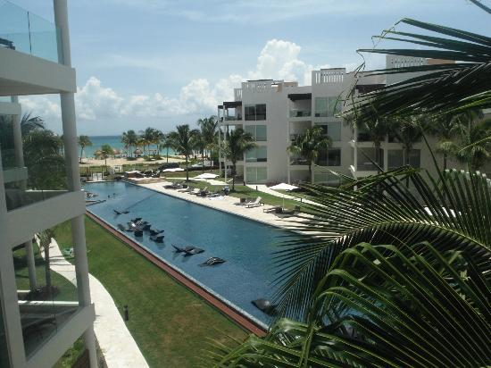 The Elements Oceanfront & Beachside Condo Hotel: la mejor vista del caribe