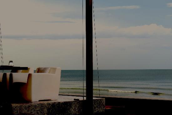 Putahracsa Hua Hin: Oceanside Restaurant