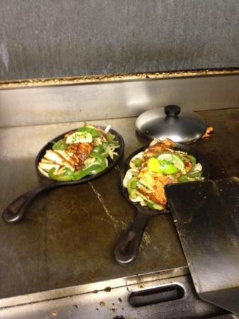 Tacos Juanita: CHICKEN FAJITAS