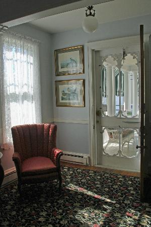‪‪Victorian Lace Inn‬: Foyer
