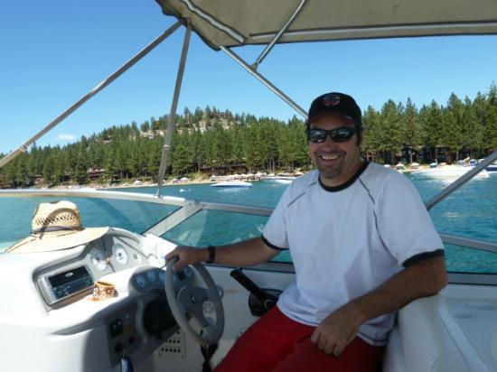 Tahoe Lake Tours: Captain Troy