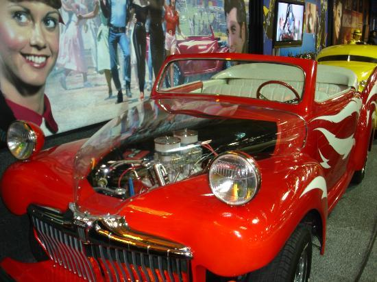 Volo Auto Museum: Go grease lightning, you're burning up the quarter mile (Grease lightning, go grease lightning)