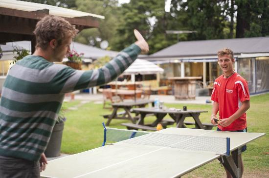 Happy Apple Backpackers: Tabletennis