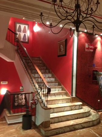Hotel Los Jandalos Jerez: Stairs