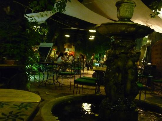 Numero 75 : la romantica fontana