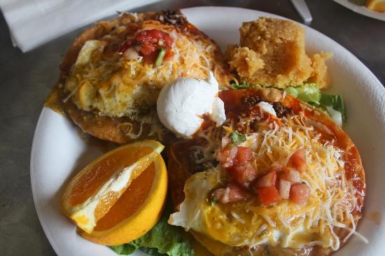 Federico's Fresh Mex Cuisine: Huevos Rancheros