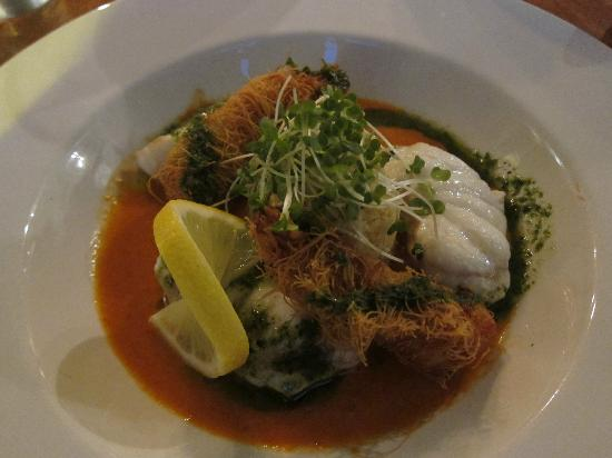 The Old Ground: Coda di rospo con gamberi in tempura e cous cous (al bistrot)