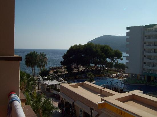Grupotel Playa Camp de Mar: Partial sea view (leaning out of balcony)