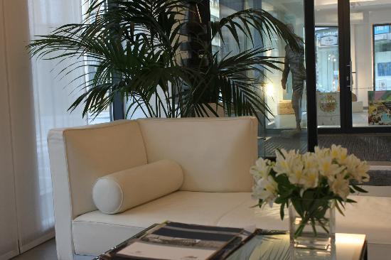 Hotel Simoncini : Reception area
