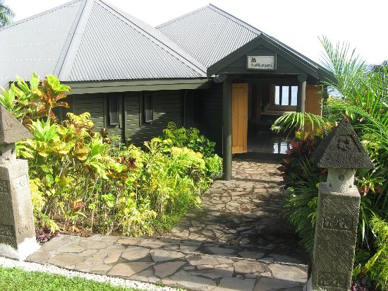 Taveuni Island Resort & Spa: Entrance to our bure