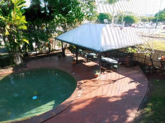 Citysider Holiday Apartments: BBQ area
