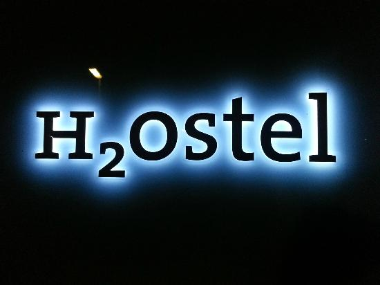 H2O Hostel: Logo at night