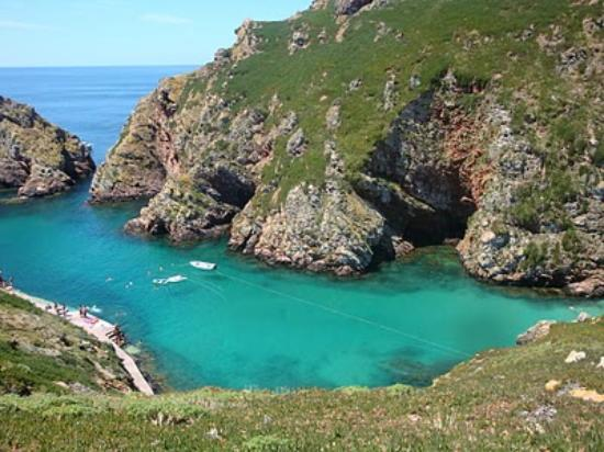 Peniche, Portugal: Berlengas are a nice spot for diving.