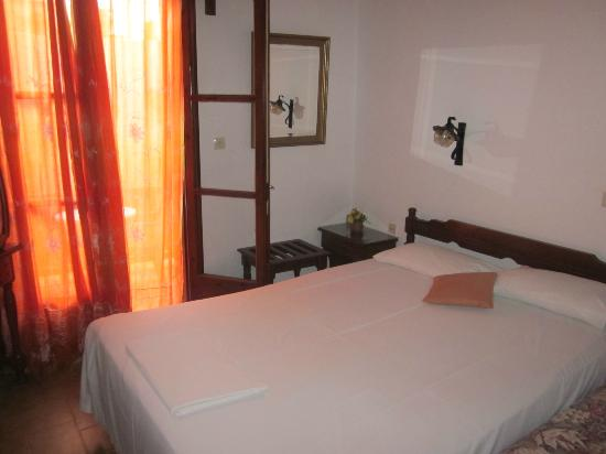 Hotel Morfo: our room