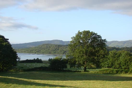 Blarcreen House: depuis la chambre, vue sur le loch
