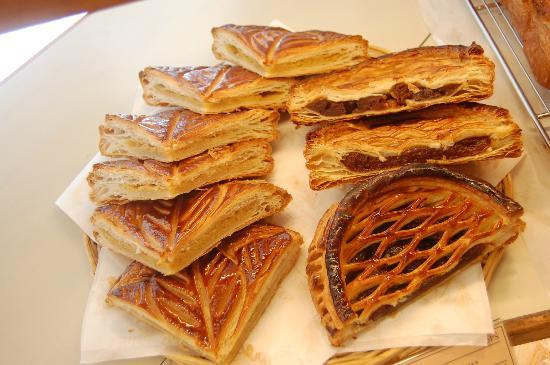 Ops Bakery Haeundae: galette des rois= wonderful!