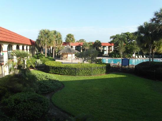 Walkways Picture Of Maingate Lakeside Resort Kissimmee