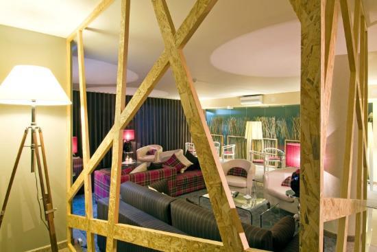 Hotel Estrela de Fatima: Library