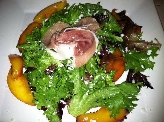 Lake Rabun Hotel & Restaurant: Grilled Peach Salad with Feta & Prosciutto