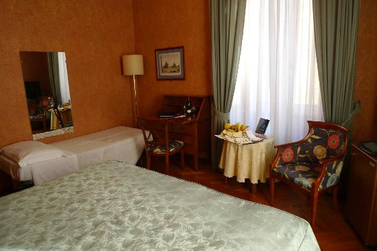 Hotel Victoria: Zimmer