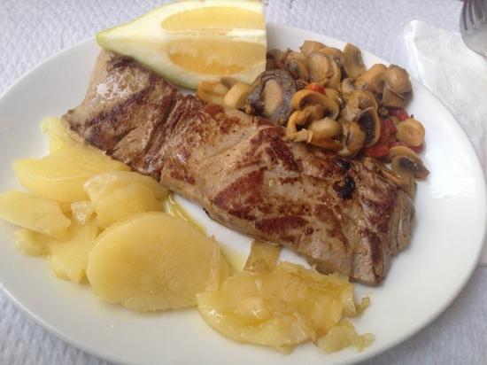 Restaurante Morilla: Atun encebollado