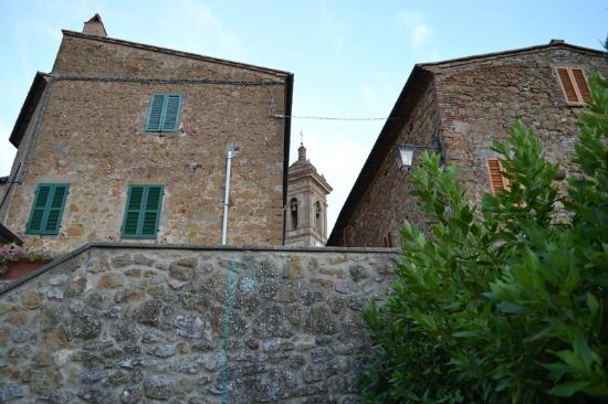 Locanda di CasalMustia: Vista di Castelmuzio