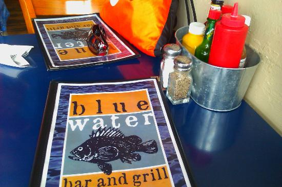 Blue Water Bar & Grill: Menues