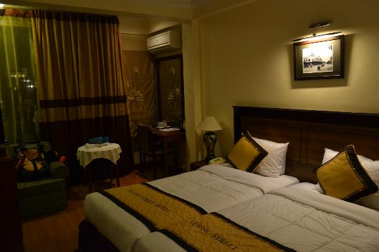 Classic Street Hotel: Room