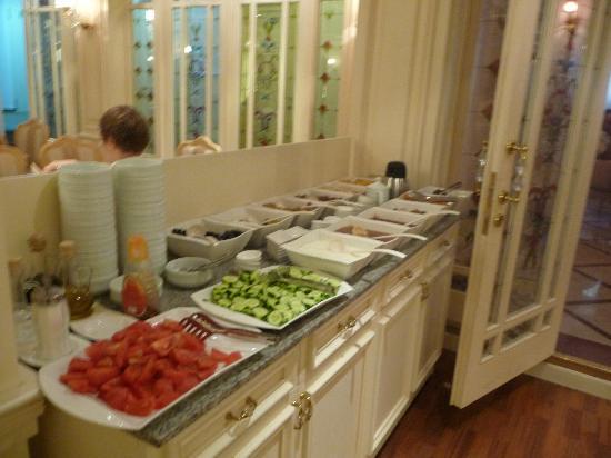 Albatros Premier Hotel: Frühstücksbuffet