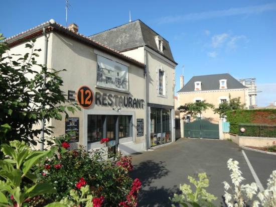 Le 12 Restaurant Airvault - Fait Maison - Centre-Ville d'Airvault