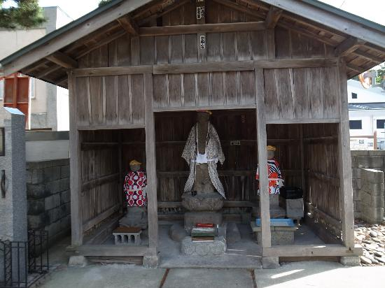 Unshoji Temple: 境内
