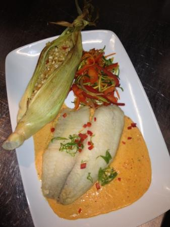 The Hare & Hound Pub: talapia with stuffed corn husks