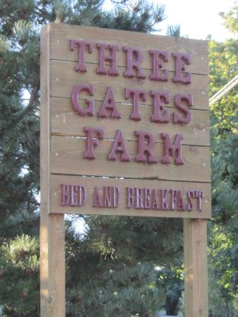 Three Gates Farm: Look for this sign