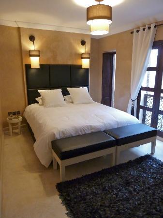 Riad Pourpre Médina: La seconde chambre que nous avions.