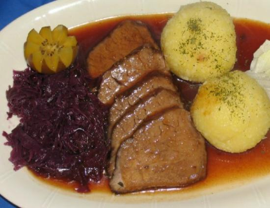 The Schnitzel Factory : Sauerbraten with red cabbage