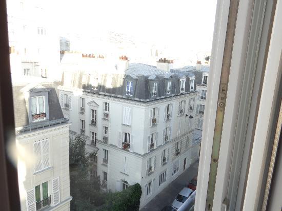Hotel du Moulin Vert : view