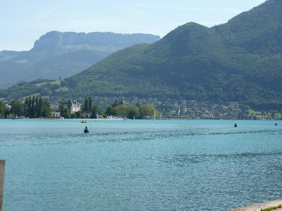 Lake Annecy Tourist Office: More lake views