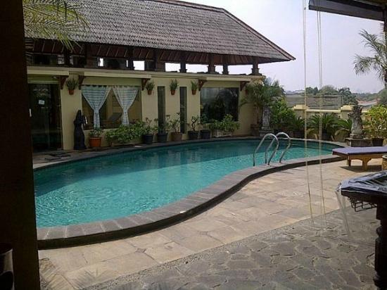Grand Cemara Hotel : Hotel Cemara - Pool