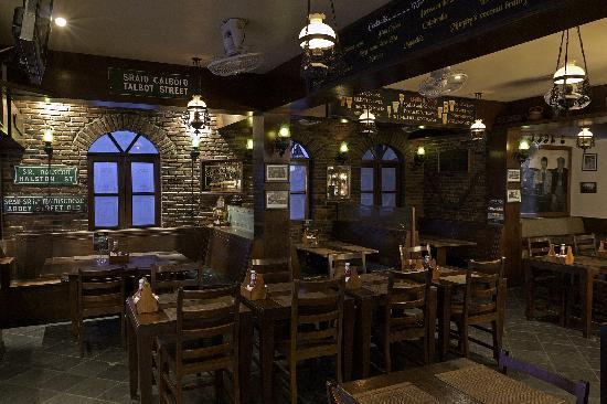 Tropical Murphys Irish Pub & Restaurant: Restaurant Area