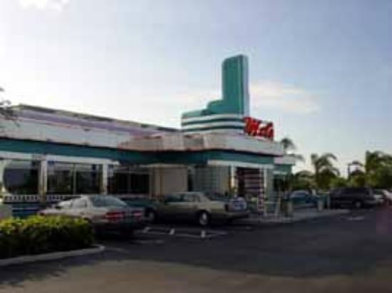 Mel's Diner: Mels Diner in Bonita Springs