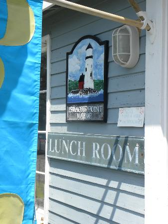 Sea Gull Restaurant: Lunch Room is inside the gift shop