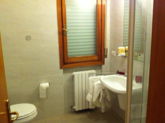 Hotel il Viandante: bagno