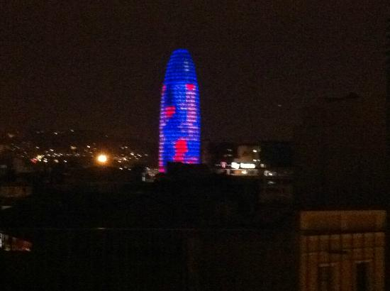 La Republica Apartments: Torre Agbar from roof at night