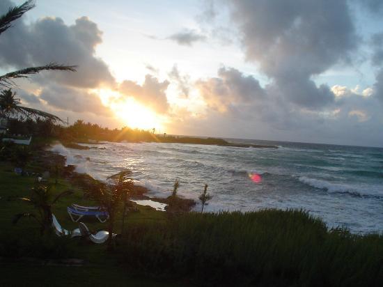 Ocean Spray Beach Apartments: One of the great sunrisie