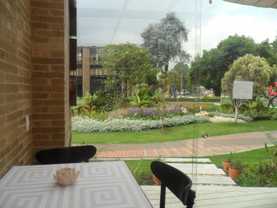 Morrison 114 Hotel: terraza