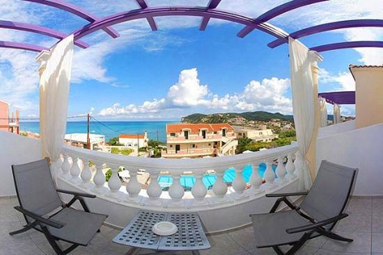 Agios Stefanos, Griekenland: balconie's view