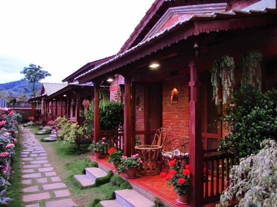 Vardan Resort n' Apartment: The cottages